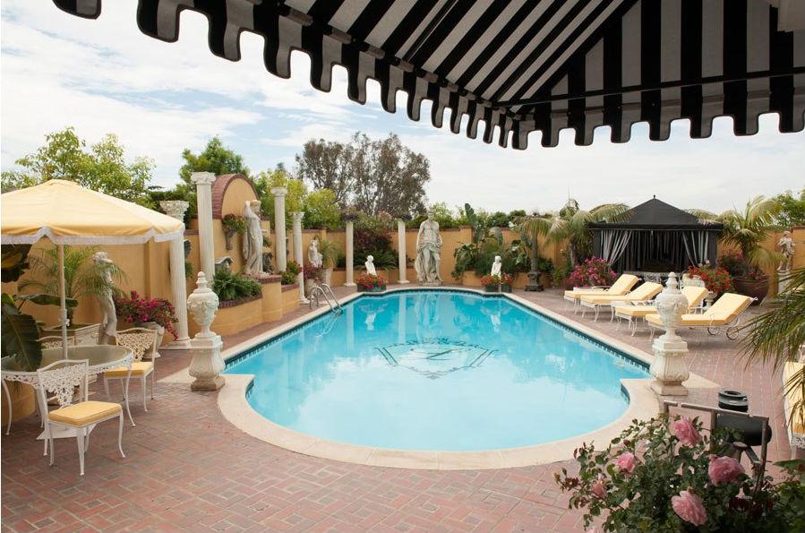 """Swiming pool in Behind the Candelabra"""