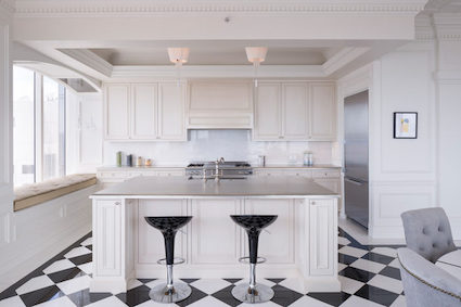 An Opulently Redesigned Penthouse at Millennium Tower_10