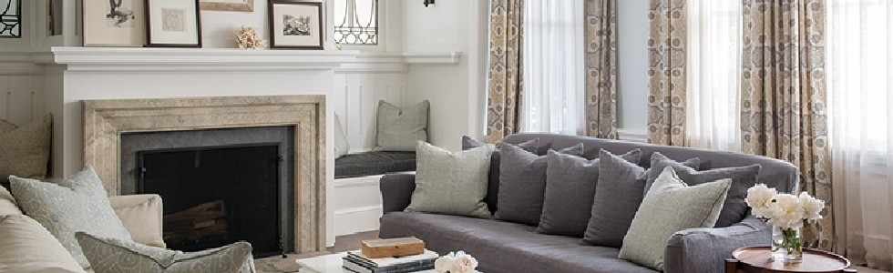 feature image Traditional but Modern Living Rooms by Lauren Nelson Design