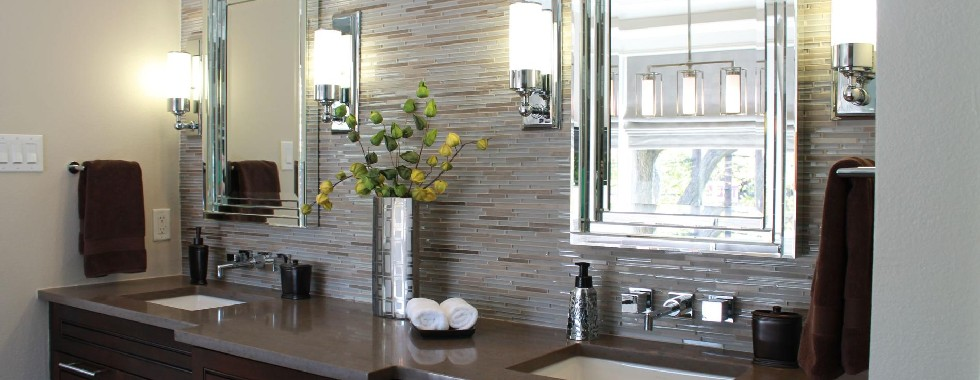 HOW TO USE PENDANT LIGHTS IN A BATHROOM DESIGN  HOW TO USE PENDANT LIGHTS IN A BATHROOM DESIGN advantages having bathroom wall lights 239998